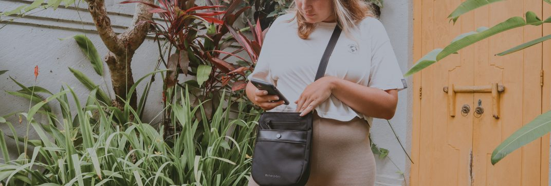 Anti Theft Bag Review – The perfect travel day bag